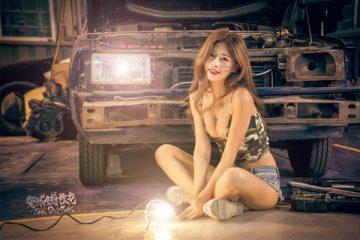 PinQ – Cô thợ máy gợi cảm