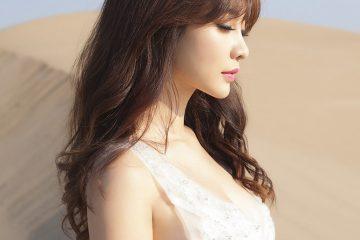 Liu Yan (柳岩) with Sexy White Dress on Desert