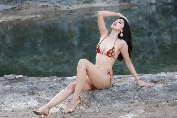 Lovely and Sexy Bikini Baby 段璟樂