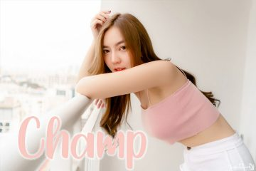 Pink Crop Top and White Short Pants – Thailand Model Champ Phawida